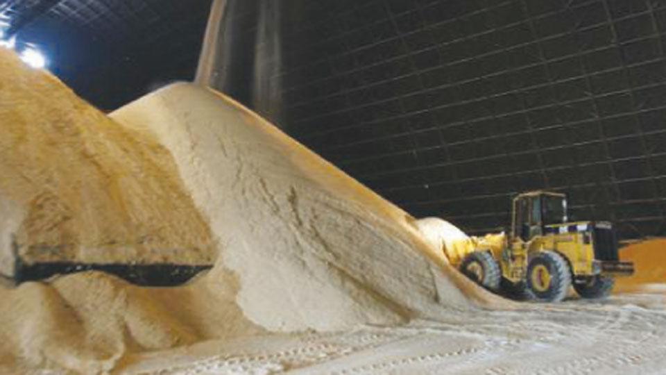 सरकारी 'साखरपेरणी'शिवाय तरणोपाय नाही