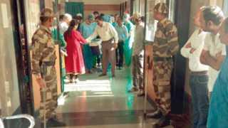 नागपूर - चेन्नईला हृदय घेऊन जाण्यासाठी मेडिकलमध्ये सुरू असलेली लगबग.