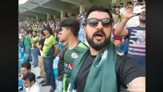 Pakistani man singing Indian national anthem during Asia Cup match goes viral watch video