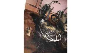 Two wheelers were set on fire at samarth nagar