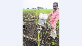 अकोला - शेतकऱ्याने तयार केलेले यंत्र