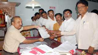 Suspend the defamatory statement about Bhujbal
