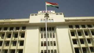 Farmer Attempt to suicide in Mantralaya Farmer Gulab Shingari