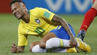 Neymar accept his exaggerated response