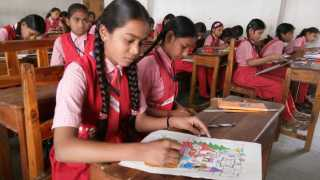 Marathi News vidarbha news Sakal Chitrakala Mhagaon Students Creativity