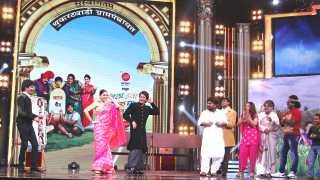 shahrukh khan anushka sharma in chala hava yeu dya esakal news
