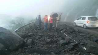 Two women injured in road accident in Malsege Ghat