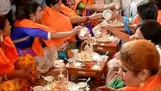 Dagadusheth Ganapati Pooja By Transgenders In Pune