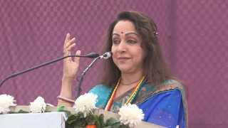 Solapur News Future is For Women says Hema Malini