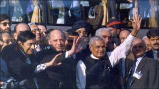 Pakistan remembers Vajpayee: 'The Indian PM who traveled to Lahore by bus'