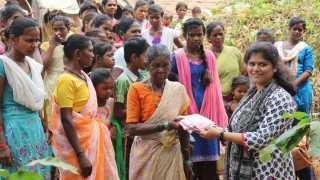 parivartan and sevak foundation cloth donation aadivasi people