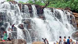 savdav waterfall