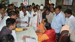 Non party corporators expressed foul language in the room of Gajanan Barwala