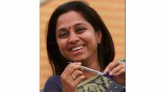 Women from Walchandnagar felicitated MP Supriya Sule