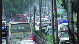 Sinhgad-Road-Traffic