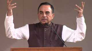 No One Union minister does not understand economics Subramanian Swamy