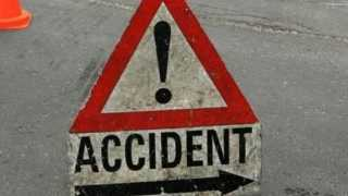 Nashik News Road Accident 12 Injury