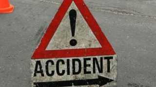 Nashik News Road Accident 12 Injury