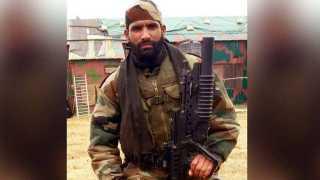 Martyr jawan Aurangzebs posthumous Shourya Chakra