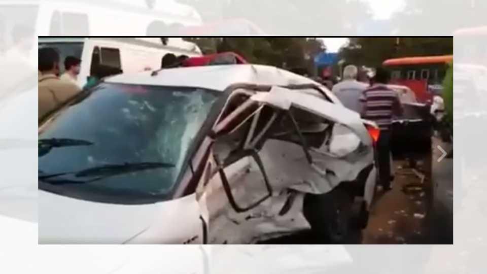 nashik news nashik accident gadkari chowk bmw accident