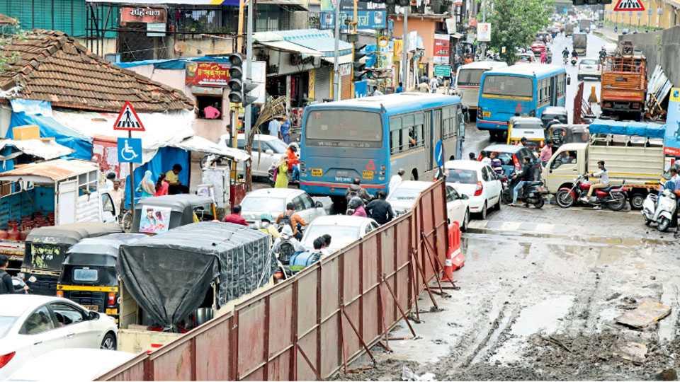 Kasarwadi-Traffic