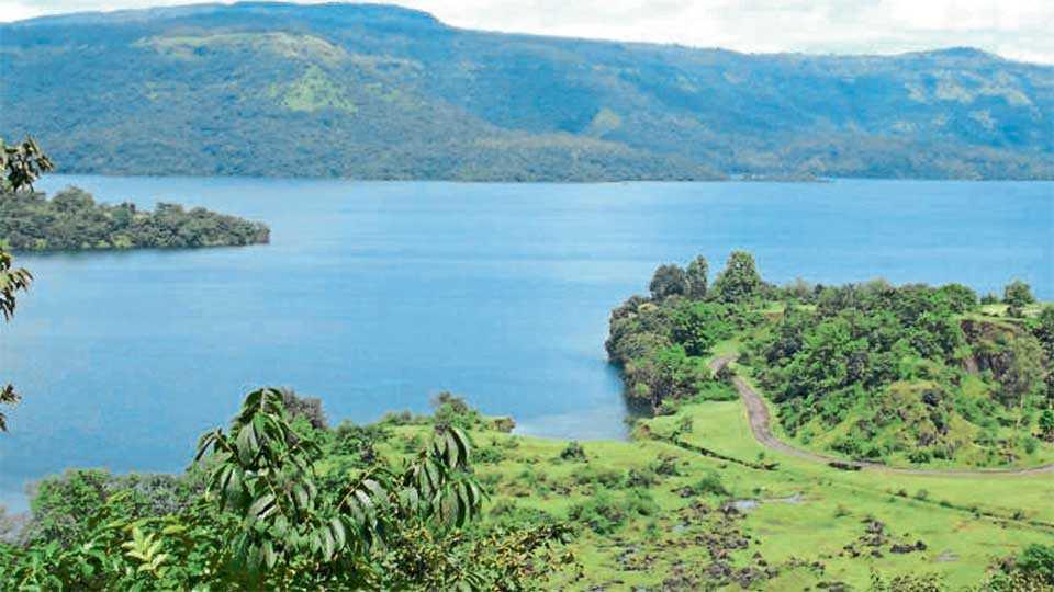 Koyana-Dam-Water