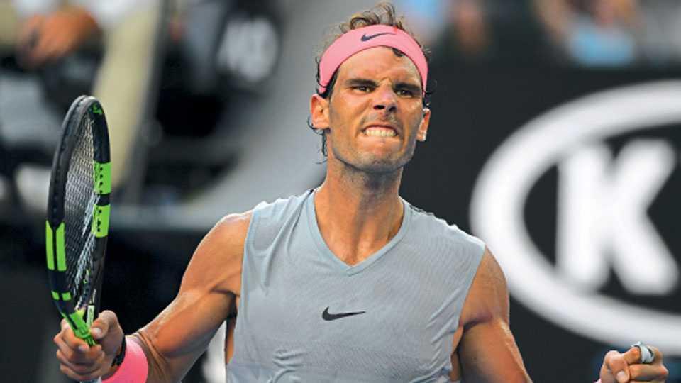 मेलबर्न - ऑस्ट्रेलियन ओपन टेनिस स्पर्धेत रविवारी अर्जेंटिनाच्या दिएगो श्वार्टझमनचा पराभव केल्यानंतर स्पेनच्या रॅफेल नदालने अशी उत्स्फूर्त प्रतिक्रिया व्यक्त केली.