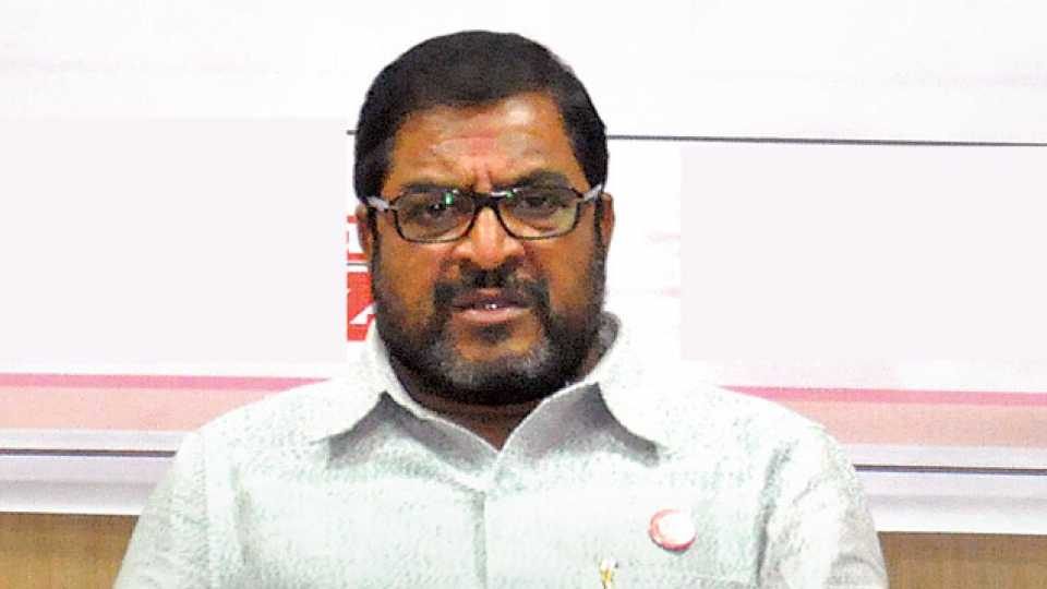 File photo of Raju Shetty