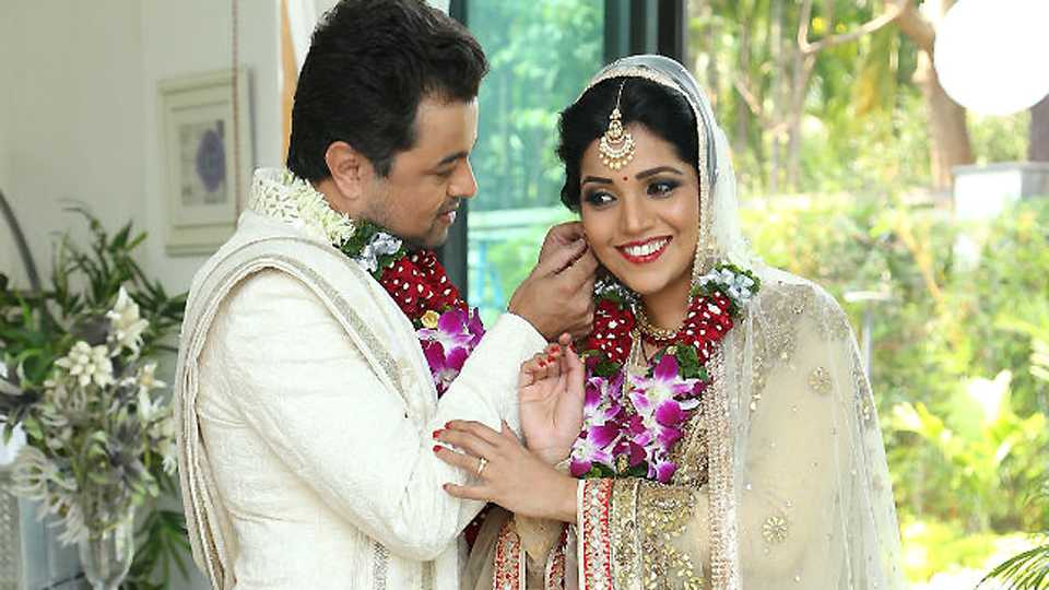 mukta barve and subodh-bhave come together after 9 year in hrudyantar movie