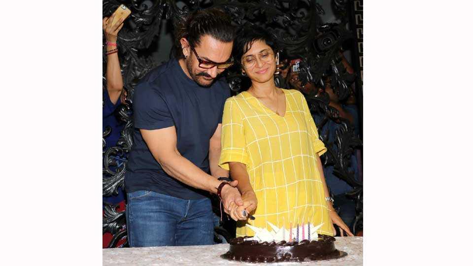 marathi news entertainment aamir khan birthday instagram first post mother photo