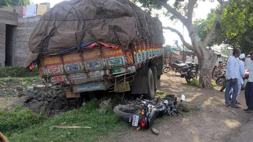 marathi news sakal news accident news nagar news