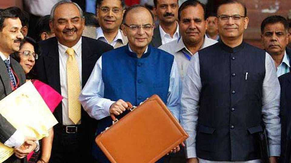 Poll Panel Seeks Centre's Reply On Opposition's Demand To Postpone Budget