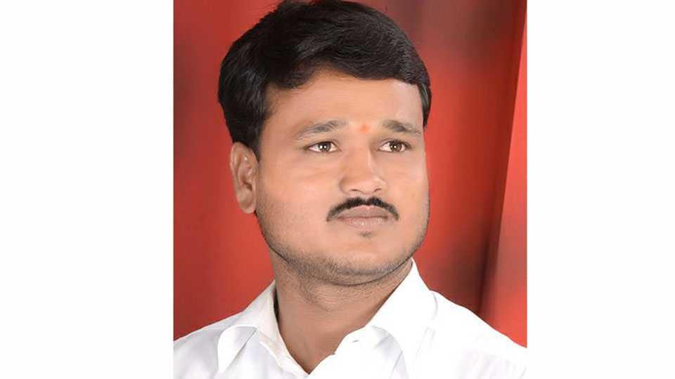 Rashtriya Charmakar Vice president dipak gavli