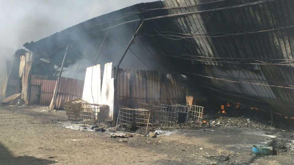 70 scrap shops, warehouses gutted in major fire in Pimpri
