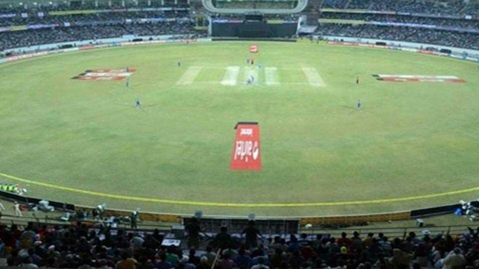 गुजरातमध्ये होणार जगातील सर्वांत मोठे क्रिकेट मैदान!