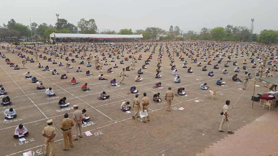 Ninety percent candidate present for police entrance exam in jalna