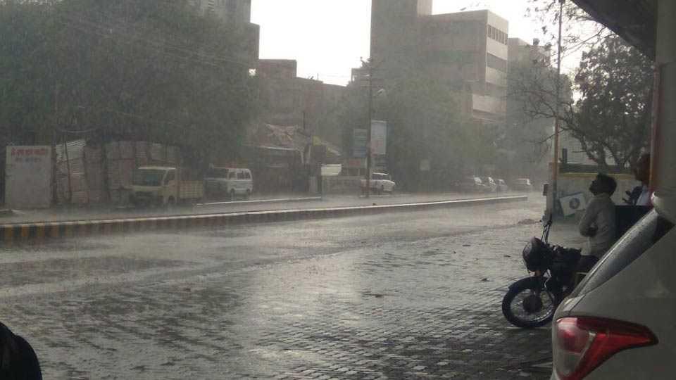 rain in solapur