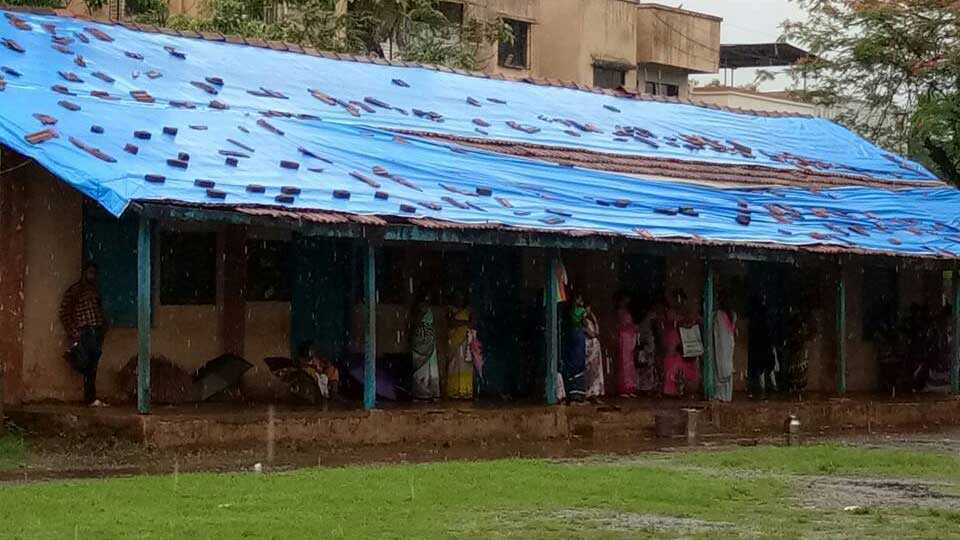 wada news palghar news school in water monsoon