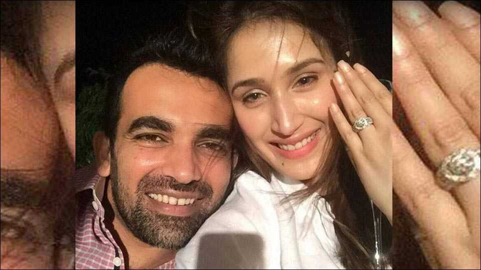 Bollywood actress Sagarika Ghatge engages with cricketer Zaheer Khan
