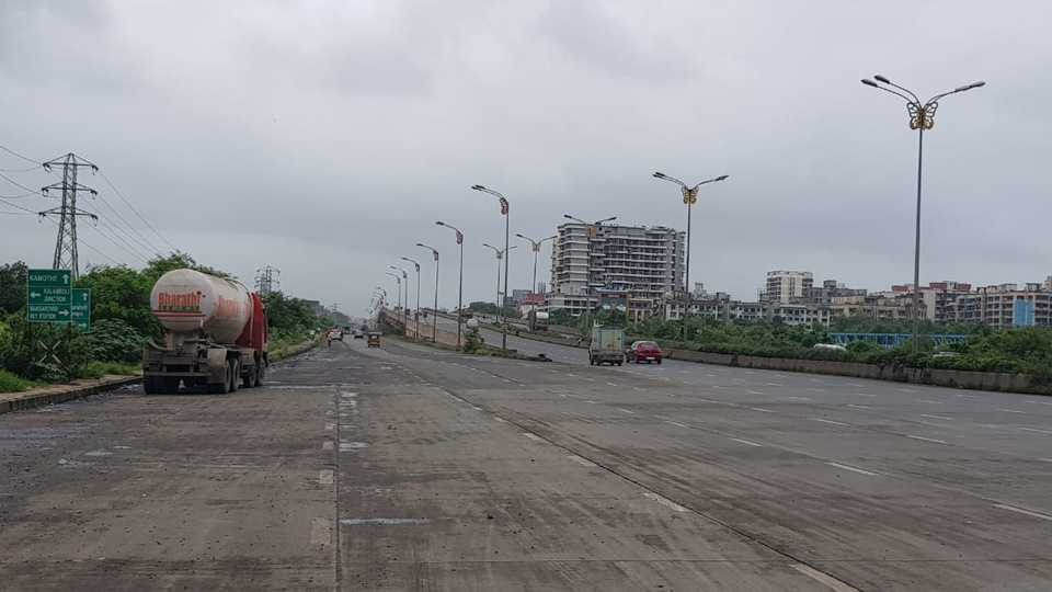 Maharashtra Bandh effect on Pune Mumbai expressway
