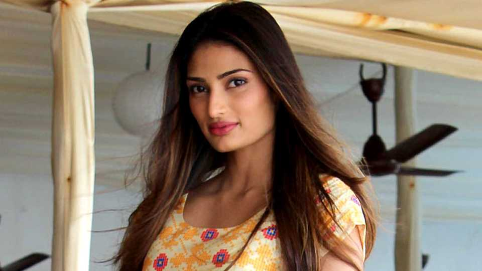 athiya shetty wants to action
