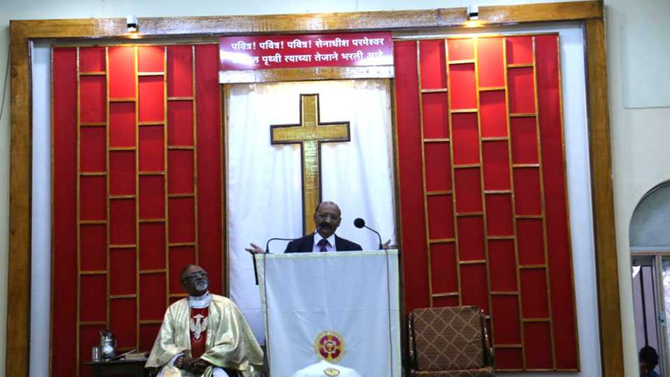 Easter News Emmanuel Church Pune For Fear World need Peace says Pastor Dr Soholkar