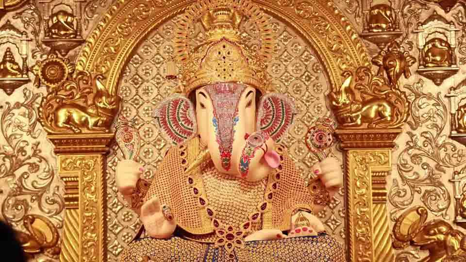 These are five special things related to Dagdusheth Ganapati Temple