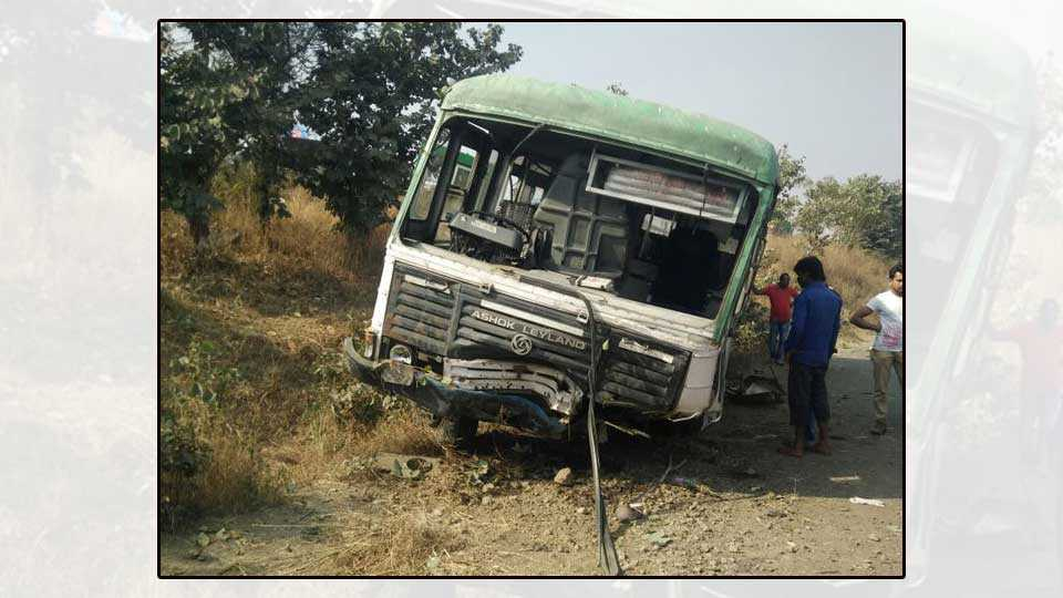 parbhani news marathi news maharashtra news bus accident MSRTC