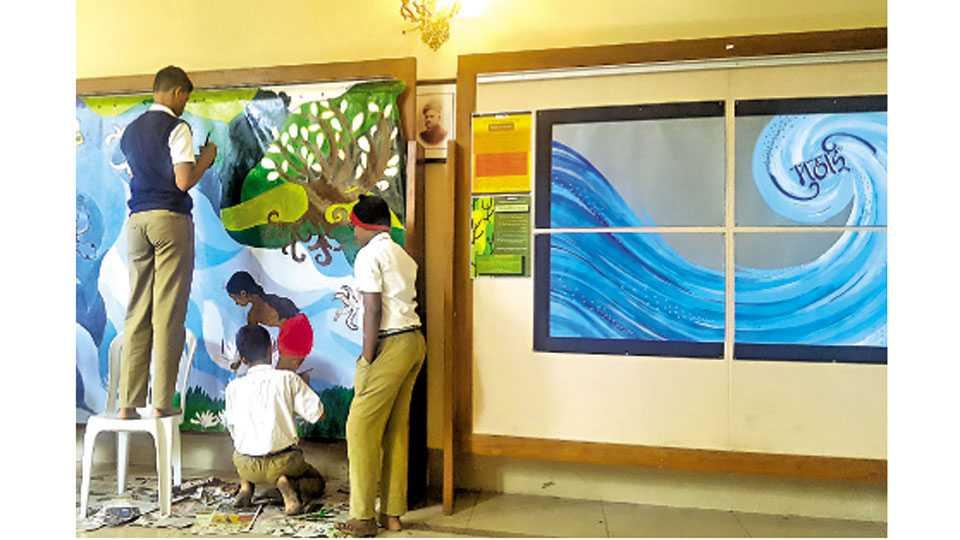राजा रविवर्मा कलादालन, घोले रस्ता - मुठाई महोत्सवात विद्यार्थ्यांनी रेखाटलेली त्यांच्या स्वप्नातील नदी.
