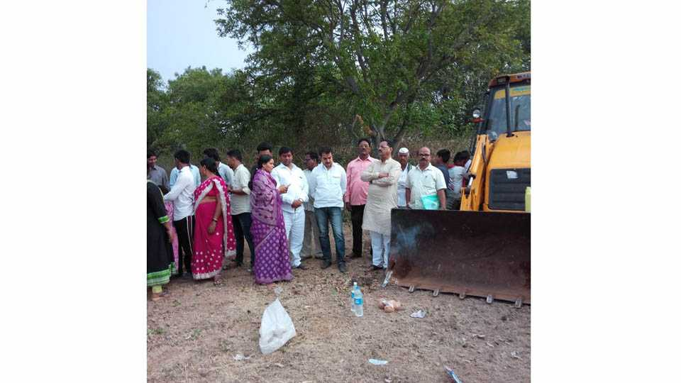 29 lakh sanctioned for the pajar lake in Mulikwadi