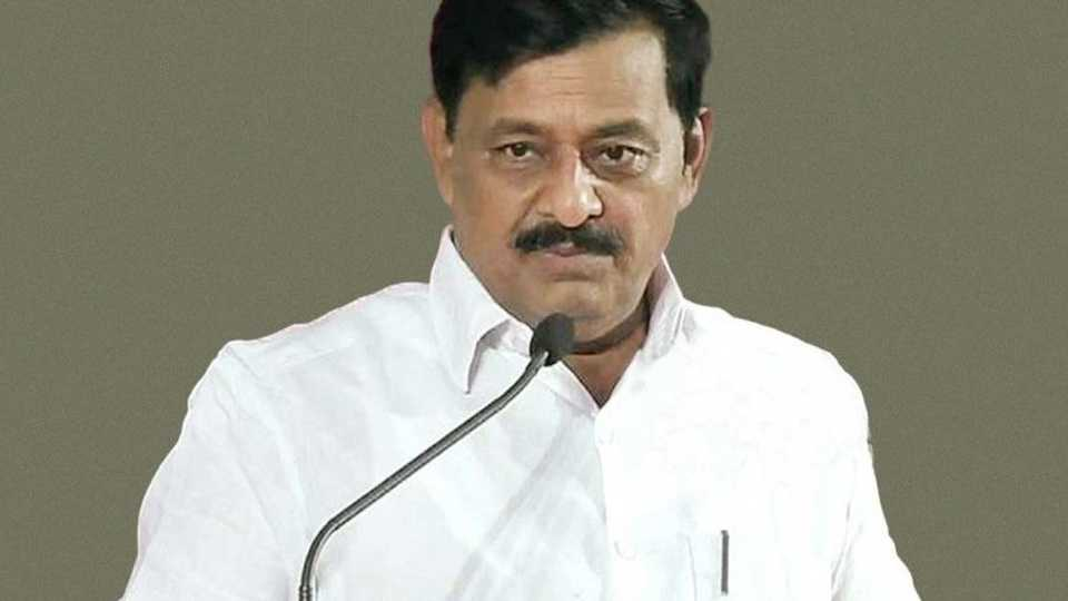 Subhash Deshmukh got less votes in the market committees election
