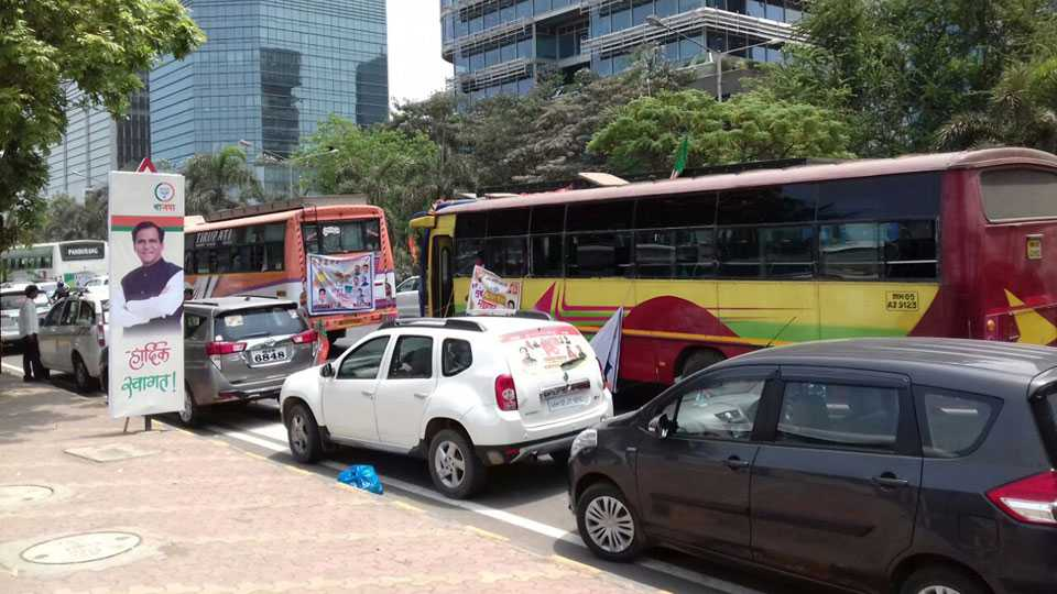 BJP Huge Rally Mumbai Traffic Jam Road Traffic