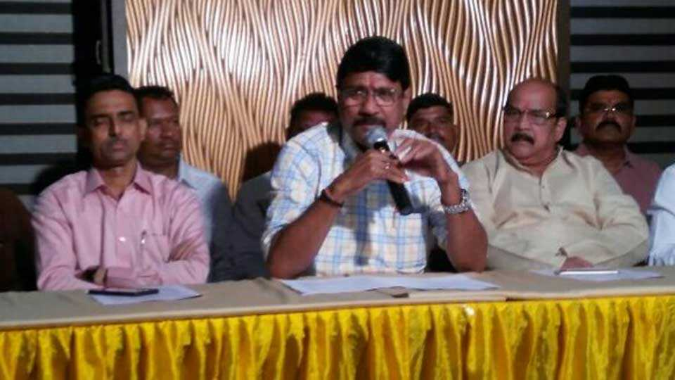 MLA subhash bhoir organised a press conference for his development work