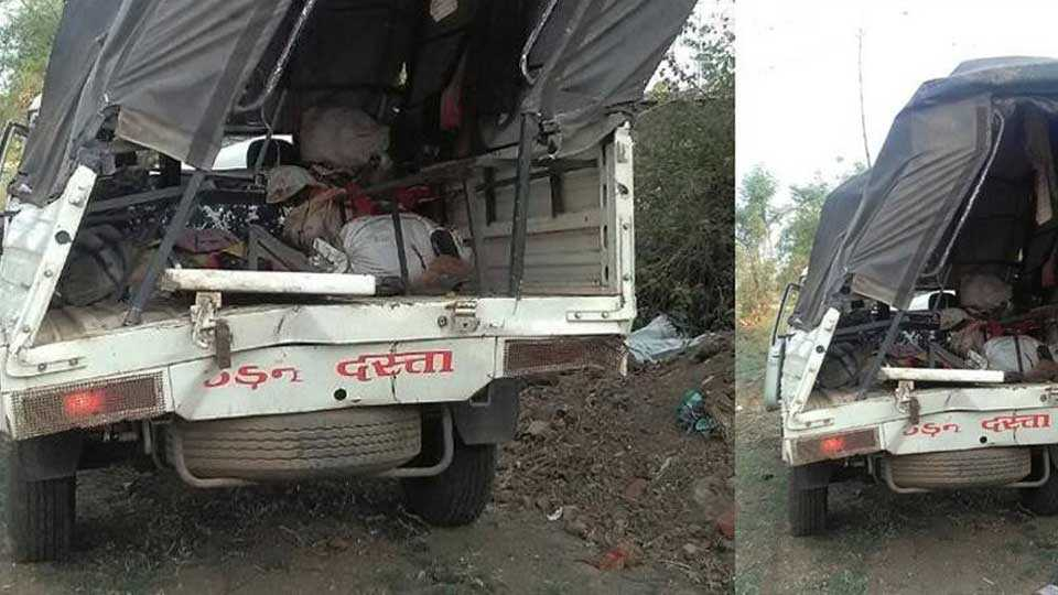 11 dead, 15 injured as car overturns in MP's Jabalpur